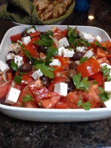 choriatiki salad