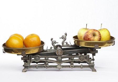 image of apples and oranges to symbolize comparison of SMART Recovery and AA